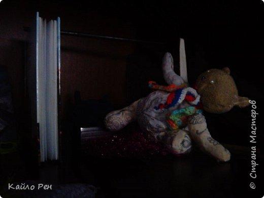 Здравствуй СМ! Сегодня у вас гость! Его зовут Джус, или Джусик. У него есть и другое имя: Том. Дж: Ох, хватит! Я вчера засну... И заснул. Я: Ну, давай, вставай соня! Спит. Я: Ну же, вставай! А то проспишь завтрак. Дж: Ладно, ладно, только быстро! фото 3