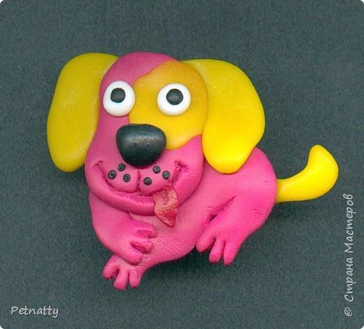 Собачки - магниты на холодильник из запекаемой пластики (цернит). Делала 12 лет назад к новому году (тогда был год красной собаки). фото 3