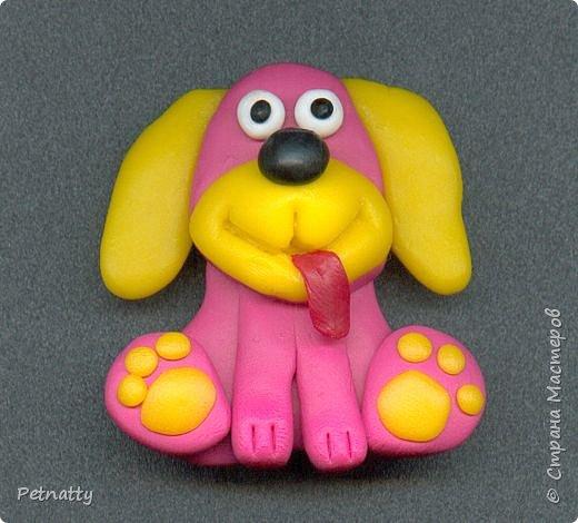 Собачки - магниты на холодильник из запекаемой пластики (цернит). Делала 12 лет назад к новому году (тогда был год красной собаки). фото 6