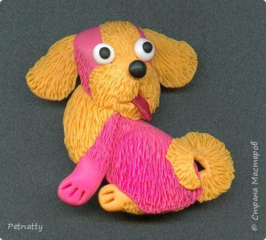 Собачки - магниты на холодильник из запекаемой пластики (цернит). Делала 12 лет назад к новому году (тогда был год красной собаки). фото 14