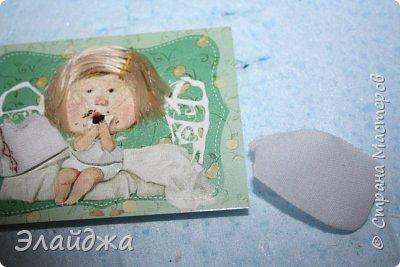 """Привет всем! Сегодня я с АТС серией, которая родилась спонтанно увидев работы мастерицы ИРИСКА 2012 , ее серию """"Счастье"""" (http://stranamasterov.ru/node/1109851). Я вспомнила, что у меня тоже есть 3 такие открыточки с картинками художницы Евгении Гапчинской , их в коробках конфет находят, есть такая серия.... Раньше их крутила-вертела и все не могла понять что с ними делать...видать всему свое время. Ириша спасибо за творческий толчек. фото 3"""