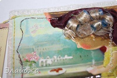 """Привет всем! Сегодня я с АТС серией, которая родилась спонтанно увидев работы мастерицы ИРИСКА 2012 , ее серию """"Счастье"""" (http://stranamasterov.ru/node/1109851). Я вспомнила, что у меня тоже есть 3 такие открыточки с картинками художницы Евгении Гапчинской , их в коробках конфет находят, есть такая серия.... Раньше их крутила-вертела и все не могла понять что с ними делать...видать всему свое время. Ириша спасибо за творческий толчек. фото 7"""