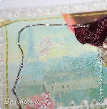 """Привет всем! Сегодня я с АТС серией, которая родилась спонтанно увидев работы мастерицы ИРИСКА 2012 , ее серию """"Счастье"""" (http://stranamasterov.ru/node/1109851). Я вспомнила, что у меня тоже есть 3 такие открыточки с картинками художницы Евгении Гапчинской , их в коробках конфет находят, есть такая серия.... Раньше их крутила-вертела и все не могла понять что с ними делать...видать всему свое время. Ириша спасибо за творческий толчек. фото 8"""