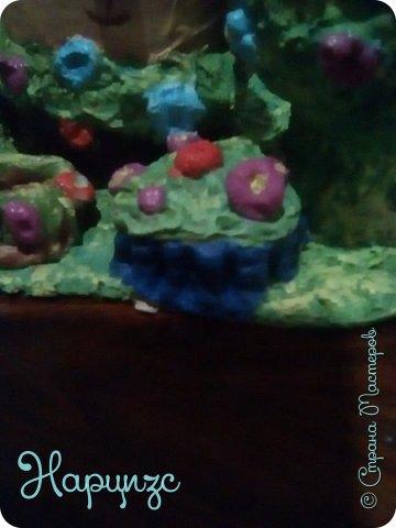 """Органайзер-,кошарики. Для дочи.Надеюсь,получилась""""девчёнская тема"""" Нам нужно: Терпение Время Деньги(не без этого), Газета Пва Краски(акрил) Сол.тесто Бутылка интересной формы Картонка Туал.бумага или салфетки(на папье-маше) фото 11"""