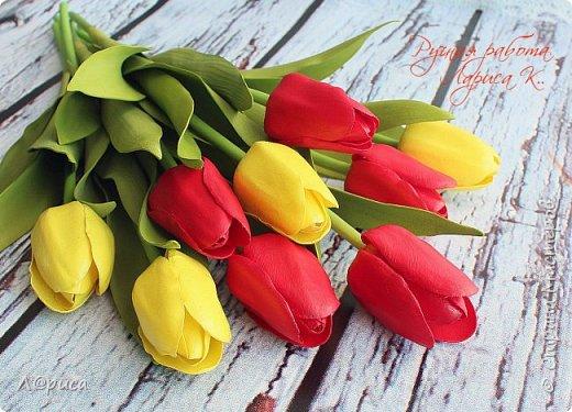 Тюльпаны из зефирного фоамирана, листья из иранского. фото 2