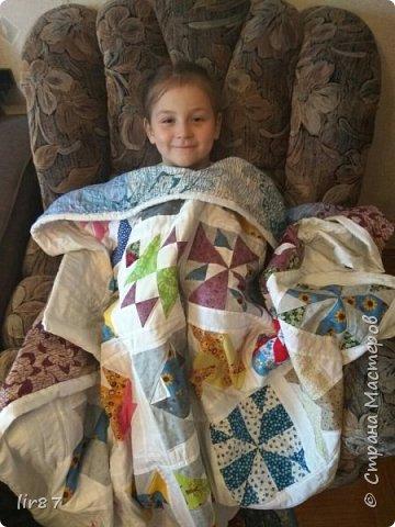 С детства хотелось , чтобы у нас дома было лоскутное одеяло.  И вот - исполнила свою мечту!  фото 2