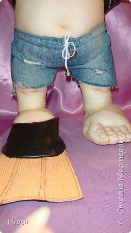 """Кукла пошита в  технике """" скульптурный текстиль"""". Материал: капрон, синтепон . Размер: 43 см + РОГА= 50 см. Обнимается и целуется, позитивный и обаятельный!!! фото 5"""
