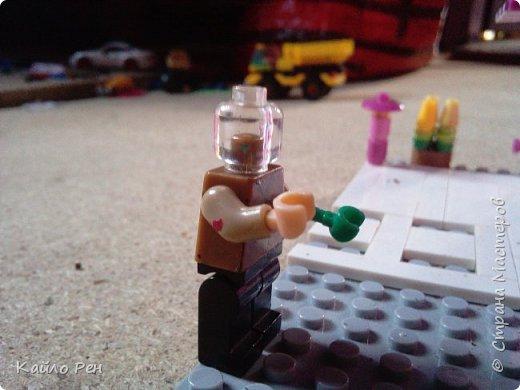 Здравствуй СМ! О! Призрак!!! Этого призрака, (Бессмертного) его звали Ваннно-призрак.  Он ходил по улицам где, когда он приходил людей как ветром сдувает. Вот, кто остался на улице, призрачно исчезал. фото 1
