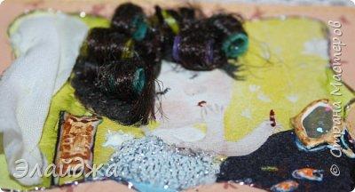 """Привет всем! Сегодня я с АТС серией, которая родилась спонтанно увидев работы мастерицы ИРИСКА 2012 , ее серию """"Счастье"""" (http://stranamasterov.ru/node/1109851). Я вспомнила, что у меня тоже есть 3 такие открыточки с картинками художницы Евгении Гапчинской , их в коробках конфет находят, есть такая серия.... Раньше их крутила-вертела и все не могла понять что с ними делать...видать всему свое время. Ириша спасибо за творческий толчек. фото 20"""