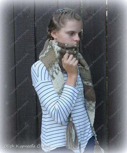 К осени связала несколько удобных и теплых шарфов-бактусов. фото 4