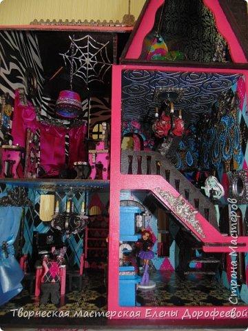 Кукольный замок в стиле Monster High фото 16