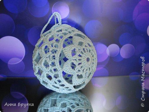 Елочный шар крючком фото 1