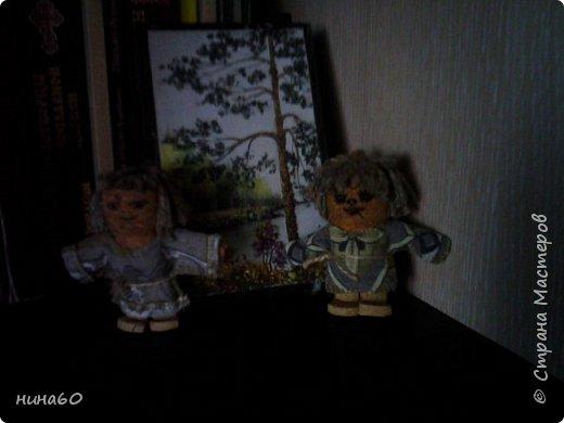 два человечка из пробок ....- немного темновато и поэтому кажутся страшненькими.... фото 1