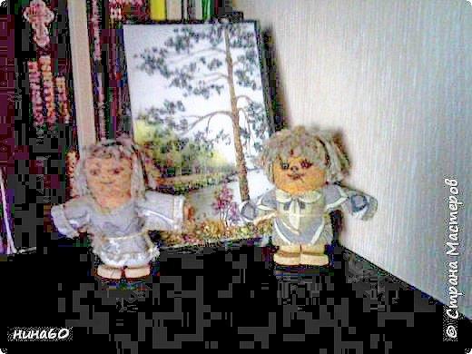 два человечка из пробок ....- немного темновато и поэтому кажутся страшненькими.... фото 7