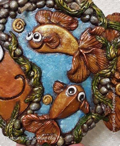 Приветствую вас, друзья! ))) Ну приступим, без лишних слов)  Рыбка денежно-клубничная-оберег на благосостояние. Идею позаимствовала у моего любимого наставника по тестопластике-Элисы Максимовой)  фото 4