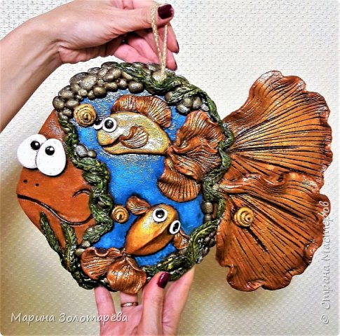 Приветствую вас, друзья! ))) Ну приступим, без лишних слов)  Рыбка денежно-клубничная-оберег на благосостояние. Идею позаимствовала у моего любимого наставника по тестопластике-Элисы Максимовой)  фото 6