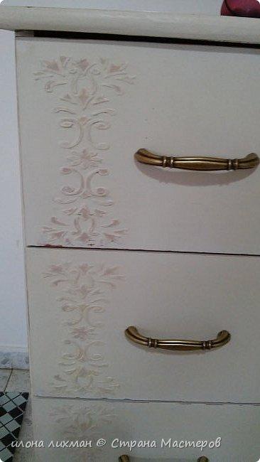 Доброе утро всем всем !Хочу показать вам результат моей работы с меловой краской.Это изобретение Энни Слоун и идеально подходит для перекраски  мебели в стилях прованс,шебби, кантри.Краска имеет шелковистую матовую поверхность и ложится без грунта.Ну да я здесь не для рекламы,а похвастаться...Проходите,смотрите. фото 4