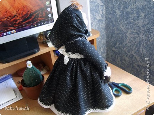 Бабуся -кукла  грелка для чайника. фото 4