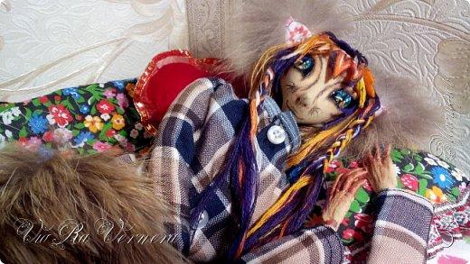 Доброго дня. Кицуне уже предстал перед вами в своем парадном костюме, сегодня же предстанет в весьма необычном для себя образе: выклянчял он у меня… пижамку! Даже в своем лазурном костюме величественный лис был очень милым, а в пижамке он само очарование ^^ Что же, смотрим  фото 3