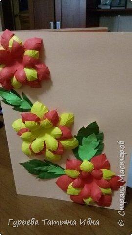 Открытка делалась для поздравления девочек в классе с 8 марта! фото 1