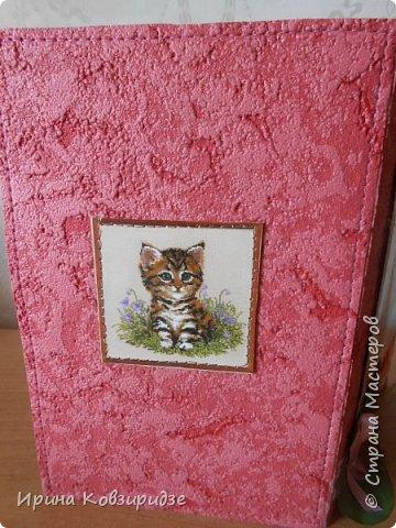 """Последние открытки из серии """"Кошки"""" по рисункам Натальи Шумихиной (Ильиновой в СМ). Я постаралась, чтобы все 16 рисунков имели отдельную открытку, а внутри я дублировала вторые экземпляры рисунков произвольно.Поэтому вы увидите какие-то рисунки дважды. фото 4"""