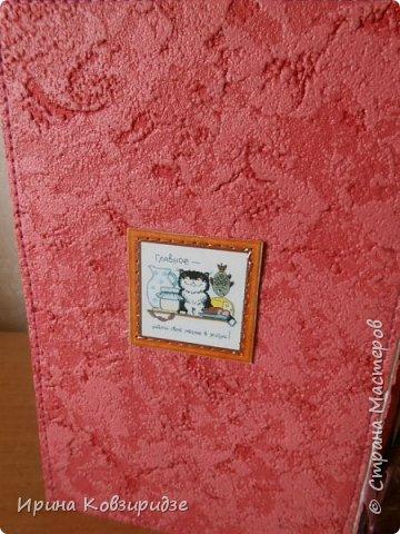 """Последние открытки из серии """"Кошки"""" по рисункам Натальи Шумихиной (Ильиновой в СМ). Я постаралась, чтобы все 16 рисунков имели отдельную открытку, а внутри я дублировала вторые экземпляры рисунков произвольно.Поэтому вы увидите какие-то рисунки дважды. фото 7"""