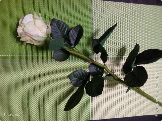 Роза  из фоамирана на стебле из холодного фарфора. фото 5