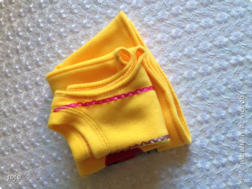 Детский флисовый сарафанчик с ручной аппликацией фото 4