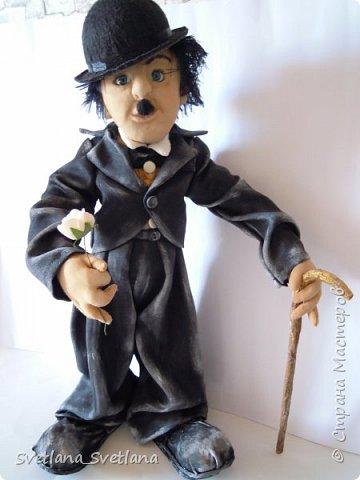 """А я люблю кино немое.. Где Чаплин был всегда Героем.. Он веселил честной народ.. Смеялись мы над """" недотепой"""" Не думая о том, что Человек! Он просто Гений! фото 1"""