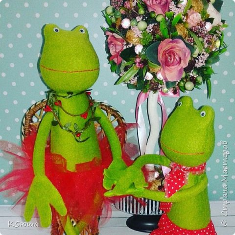 Влюбленная пара лягушат) фото 2