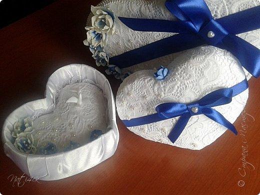 Всем доброго дня, вечера а может и ночи. Сегодня я со свадебным набором в синем цвете, который сделала в подарок дочери моей подруги. фото 3