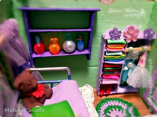 Всем привет! Спешу представить свою новую работу домик в миниатюре!!! Домик послужит не только украшением интерьера и оригинальным подарком, он также функциональный и светится как небольшой ночник. Все детальки выполнены вручную.  фото 21