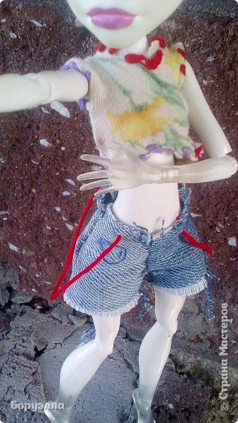 Вот и наступила осень. Но наступила как то не заметно, поэтому Ари оделась по летнему) Далее, без комментариев. фото 4