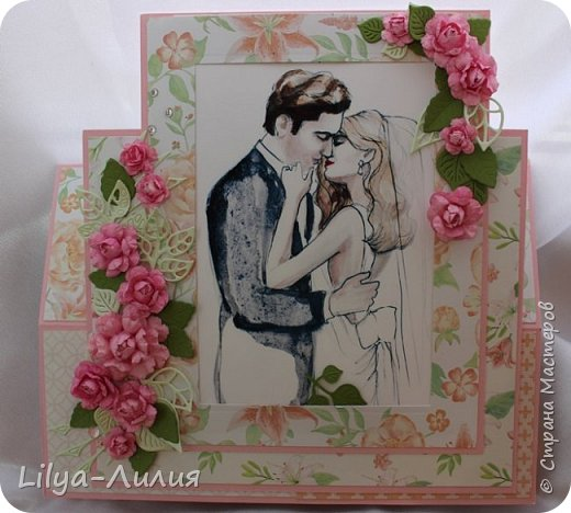 Открытка - стойка - фоторамка на свадьбу.  Картинка с молодыми вынимается и можно вставить фото со свадьбы.  фото 4