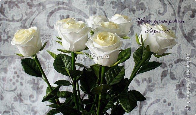 """Розы """"PROUD"""". Цветы и листья из фоамирана, стебель из холодного фарфора. фото 4"""