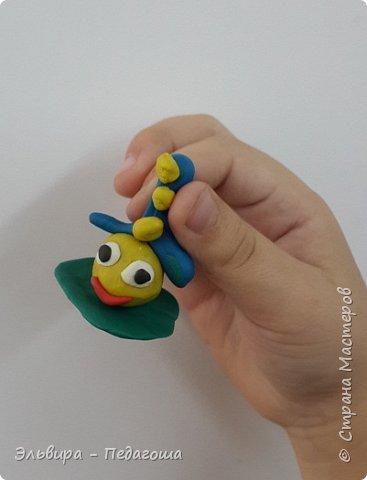 Вот и первое знакомство первоклашек с пластилином! Встречайте, любимый персонаж во всей своей красе!  фото 12