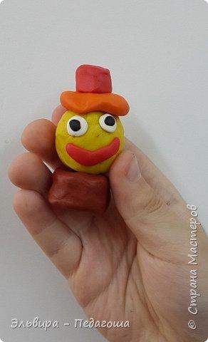 Вот и первое знакомство первоклашек с пластилином! Встречайте, любимый персонаж во всей своей красе!  фото 6