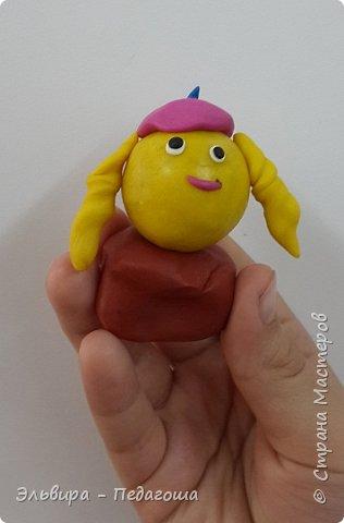Вот и первое знакомство первоклашек с пластилином! Встречайте, любимый персонаж во всей своей красе!  фото 5