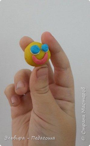 Вот и первое знакомство первоклашек с пластилином! Встречайте, любимый персонаж во всей своей красе!  фото 7