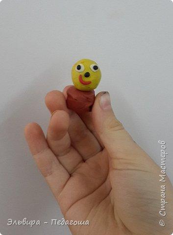 Вот и первое знакомство первоклашек с пластилином! Встречайте, любимый персонаж во всей своей красе!  фото 8