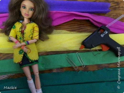 Всем привет:) Сегодня я вам покажу как сделать венок для куклы,из подручных материалов всего за 15 минут:) фото 2