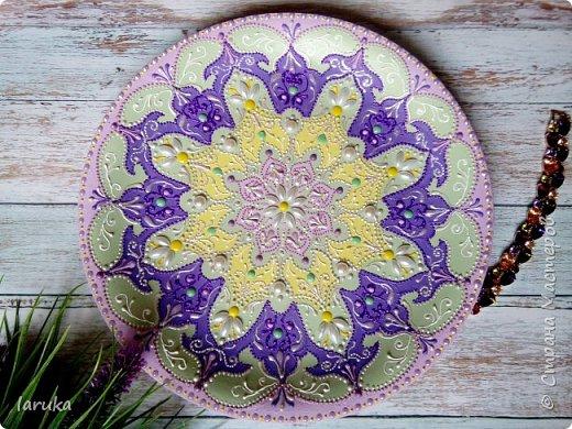 Цвета у тарелок совсем не сентябрьские, но все они расписаны в сентябре :)  фото 9