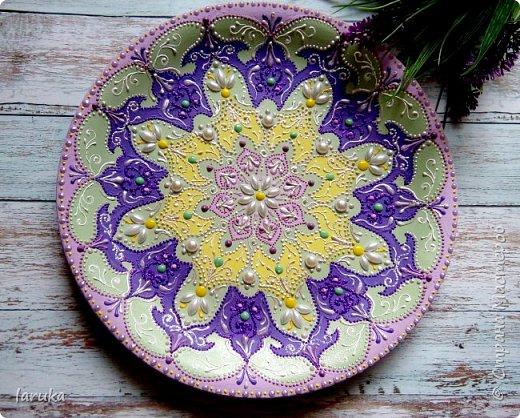 Цвета у тарелок совсем не сентябрьские, но все они расписаны в сентябре :)  фото 7