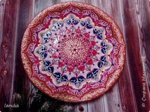Цвета у тарелок совсем не сентябрьские, но все они расписаны в сентябре :)  фото 12