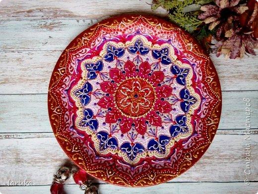 Цвета у тарелок совсем не сентябрьские, но все они расписаны в сентябре :)  фото 11