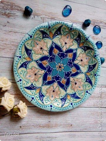 Цвета у тарелок совсем не сентябрьские, но все они расписаны в сентябре :)  фото 5