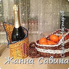 ГОТОВИМ САНИ ЛЕТОМ! Такие сани могут быть  подарочной упаковкой для поздравления родных и друзей, вазой для конфет или мандарин на праздничный стол. фото 8