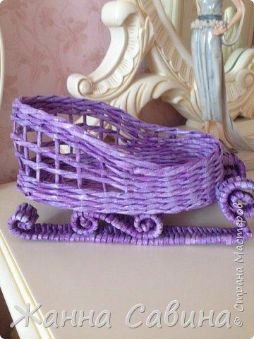 ГОТОВИМ САНИ ЛЕТОМ! Такие сани могут быть  подарочной упаковкой для поздравления родных и друзей, вазой для конфет или мандарин на праздничный стол. фото 10
