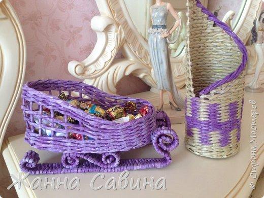 ГОТОВИМ САНИ ЛЕТОМ! Такие сани могут быть  подарочной упаковкой для поздравления родных и друзей, вазой для конфет или мандарин на праздничный стол. фото 4