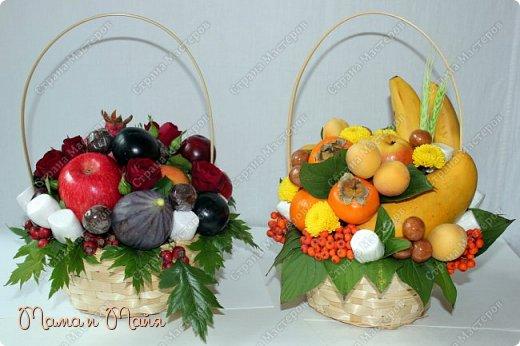 С днем Воспитателя и наступающим днем Учителя! В составе яблоки, инжир, красное манго, красные и черные сливы, гранат, чернослив в шоколаде, маршмеллоу (зефир), розы, боярышник фото 3